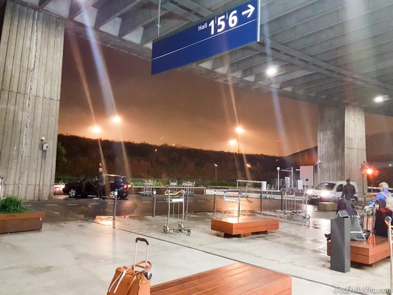 UberPool experience Paris Charles de Gaulle CDG Airport City Centre travelblog