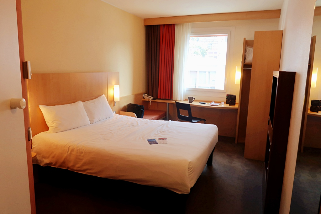 Staying at ibis Lugano Paradiso (budget hotel in great location)
