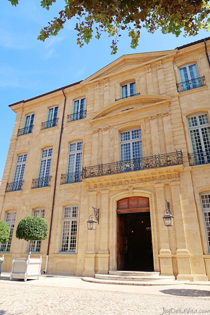 Art Center Hôtel de Caumont Aix-en-Provence in an 18th century mansion